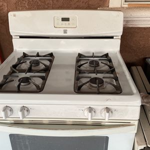 Deep fridge or Kenmore stove gas and a 36 inch range hood white for Sale in Santa Maria, CA