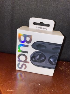 Samsung earbuds for Sale in Wakefield, MA