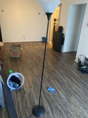 Floor Lamp for Sale in Lake City, GA