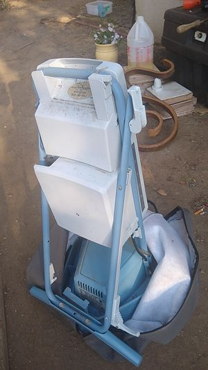 Floor shampooer for Sale in West Covina, CA