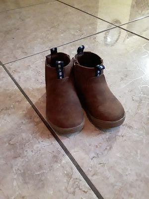 Cat & Jack Girls sz 6 boots for Sale in Deltona, FL