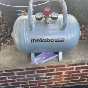 Air Tank, Auxiliary AirTank for Sale in Hazlet, NJ