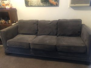 Single Large Sofa 6 Months Old for Sale in Azusa, CA