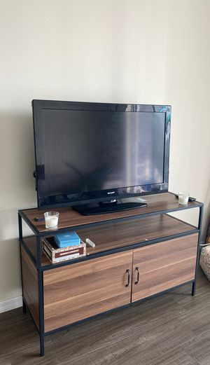 "Tv 50"" for Sale in Miami, FL"