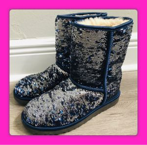 UGGs Size 7 Boots Sequin Blue and Silver Great Condition Size 7 Soft Fur for Sale in Queens, NY