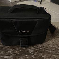 Canon EOS CAMERA SHOULDER BAG 200 ES for Sale in Dunwoody,  GA