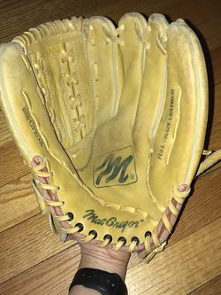 MacGregor MG25 Willie Randolph Deep Grip Pocket Glove for Sale in French Creek,  WV