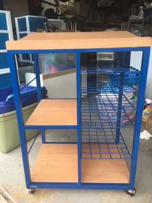 Lakeshore podium rolling cart for Sale in Melbourne, FL
