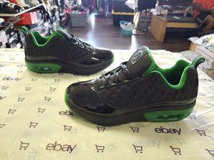 Jordan low top black side 7y for Sale in Columbus, OH