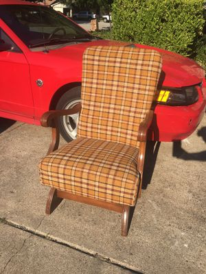 Rocking Chair for Sale in Arlington, TX