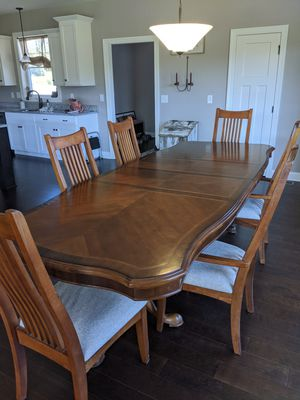 Dining Room Table with 6 Chairs for Sale in Marengo, OH