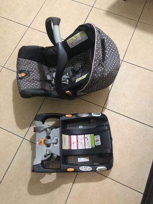 Chicco keyfit 30 car seat.. for Sale in Cape Coral, FL