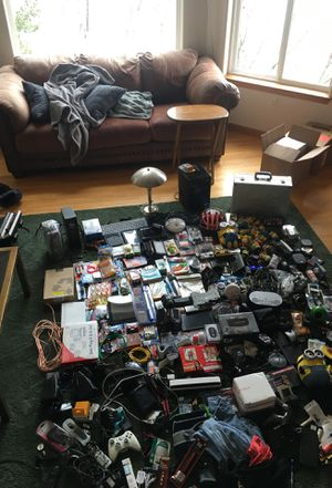 Massive Lot of Stuff. NEEDS TO GO for Sale in Lacey, WA