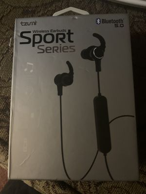 Bluetooth 5.0 wireless earbuds sport series for Sale in Summerville, SC
