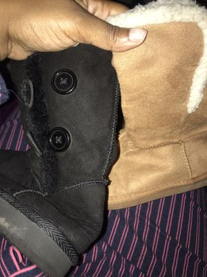 Girl winter boots for Sale in Dallas, TX