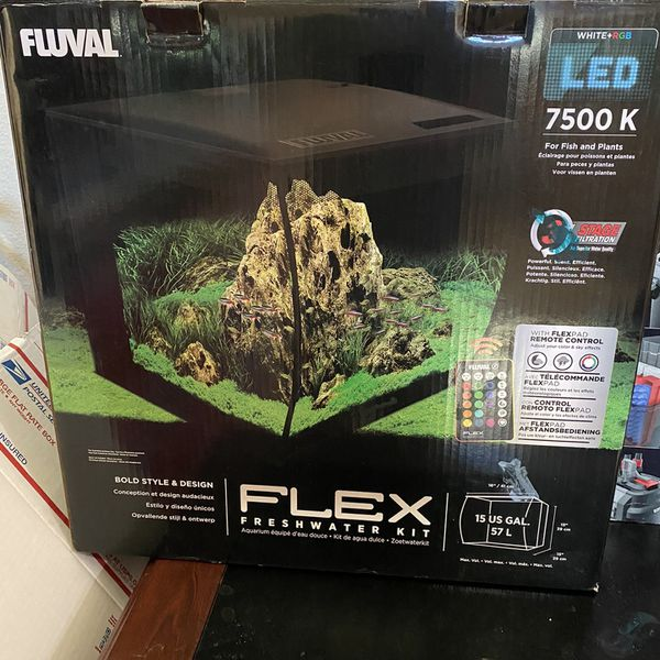 Fish tank- Fluval Flex 15g