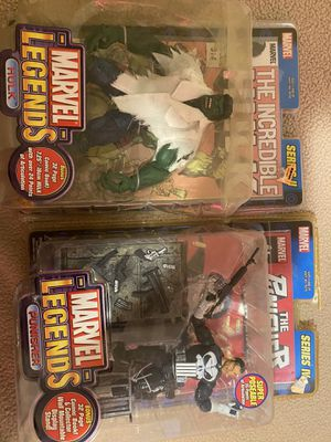 Marvel legends collectors action figures with comic books for Sale in Manteca, CA