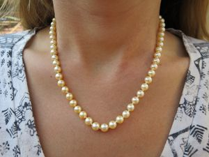 Pearl necklace 14k gold for Sale in Pismo Beach, CA