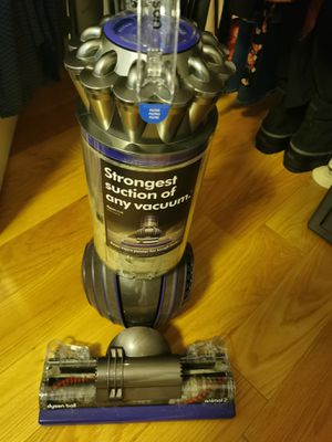 Dyson Upright Vacuum Cleaner, Ball Animal 2 for Sale in New York, NY