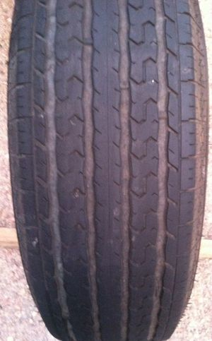 One trailer tire ST 225 75 15 for Sale in Denver, CO