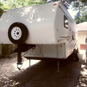 26 ft camper with slide out travel trailer for Sale in Houston, TX