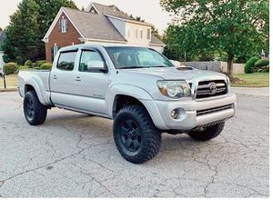 Perfect 2009 Toyota Tacoma 4WDWheels Clean! for Sale in Antioch, CA