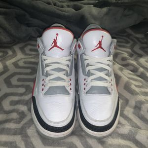 Jordan 3 Fire Red for Sale in Henderson, NV