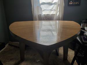 Kitchen table for Sale in Douglasville, GA