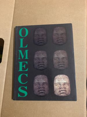 Olmec heads catalogue for Sale in Kailua, HI