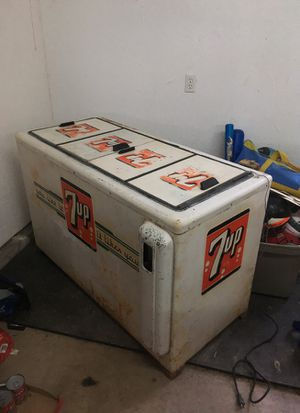 Original 7 up refrigerator for Sale in Middleburg, PA