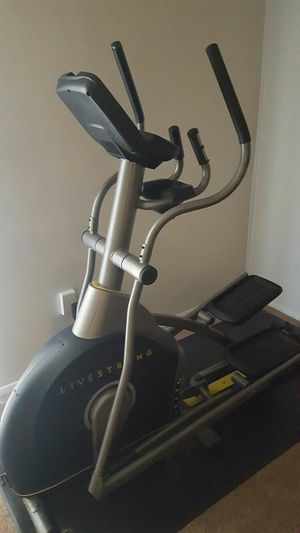 Elliptical by livestrong for Sale in Washington Grove, MD