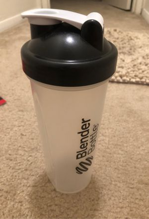 Black blender bottle water bottle for Sale in Herndon, VA