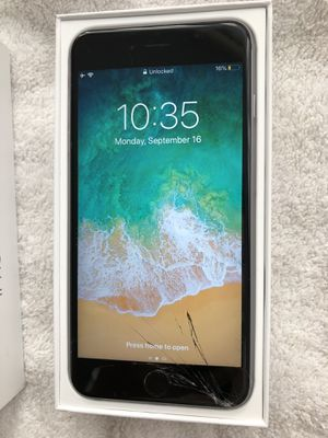 iPhone 6s Plus unlocked 64GB (works fine but has cracked screen) for Sale in Seattle, WA