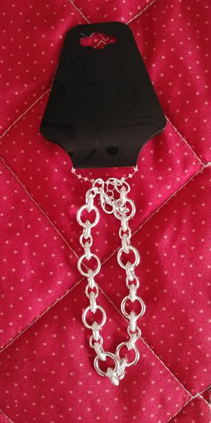 Adjustable silver bracelet. High quality for Sale in Victorville, CA