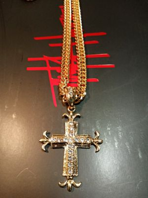 18k gold plated cross and chain for Sale in Houston, TX