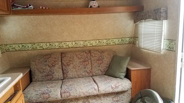 23 ft travel trailer
