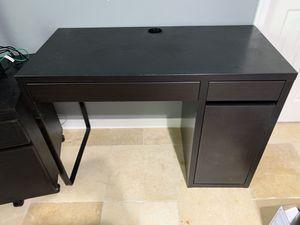 Ikea desk for Sale in Homestead, FL
