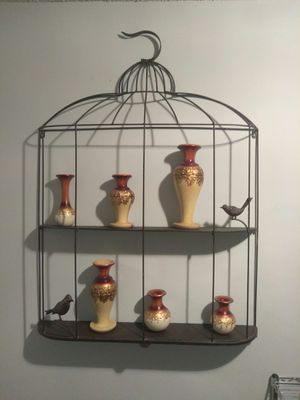 Beautiful large bird cage for Sale in TEMPLE TERR, FL