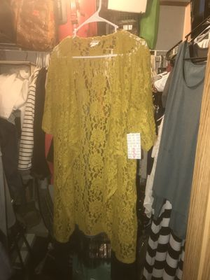 Mustard Lularoe Monroe for Sale in Clive, IA