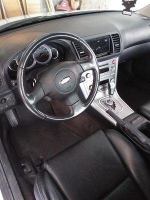 Subaru leagecy limited sedan for Sale in Finleyville, PA