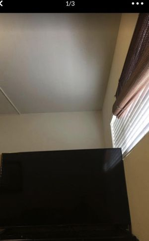 50 Inch TV for Sale in Long Beach, CA