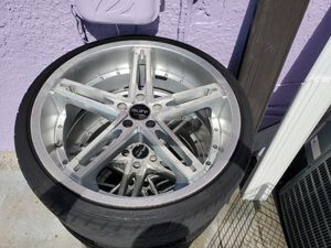 """Rims for nisan or infinity 22"""" for Sale in Opa-locka, FL"""