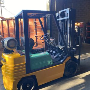 Komatsu Forklift 5000 Lbs Capacity for Sale in Los Angeles, CA