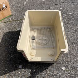 Large Dog Kennel Bolts Missing for Sale in Auburn,  WA