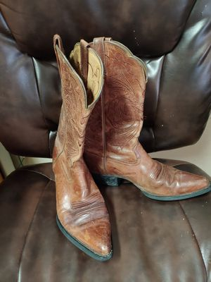 Ariat womens size 8 boots for Sale in Orange City, FL