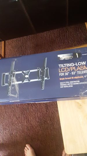 TV wall mount. for Sale in Efland, NC