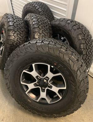 Jeep Wrangler Rubicon Wheels Rims BF Goodrich KO2 Tires 2020 for Sale in Inglewood, CA