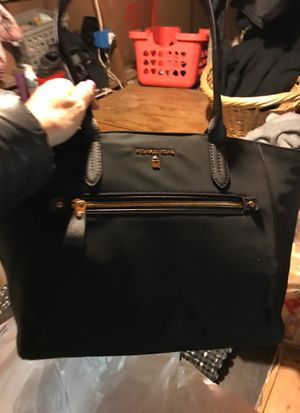 Micheal Kors vinyl black tote new with tags for Sale in Tacoma, WA