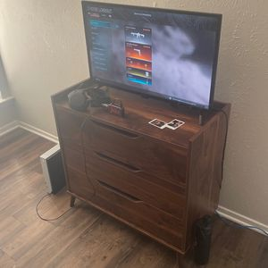 Tv Stand And 32binch Tv for Sale in Arlington, TX