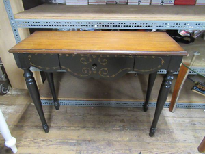 Nice Vintage Desk / Hall Table - Delivery Available for Sale in Tacoma, WA